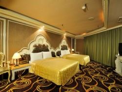 金色年代旅店